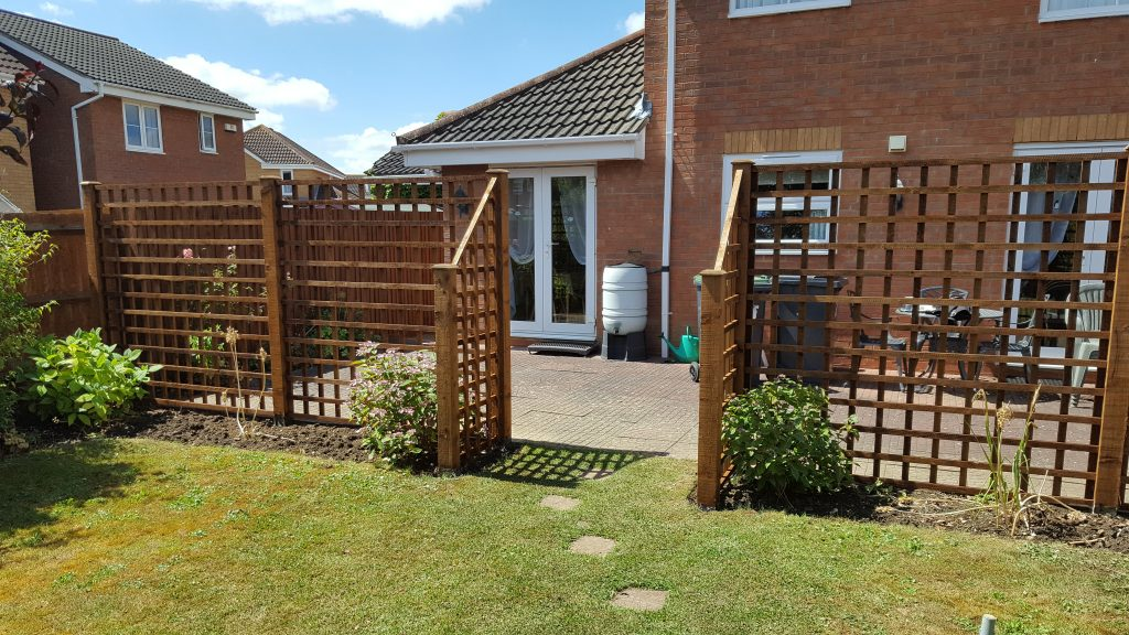 Pergola, post and rail and trellis